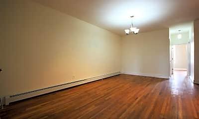 Living Room, 814 MacDonough St, 2