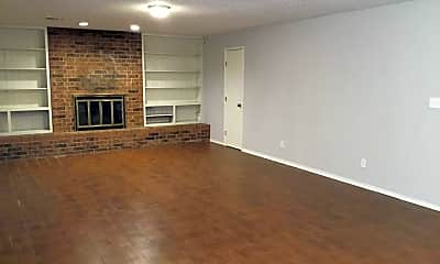 Living Room, 5814 NW 33rd St, 0