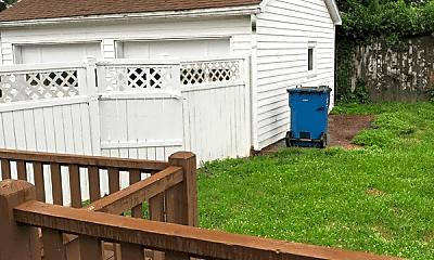 Patio / Deck, 2315 Mound St, 2