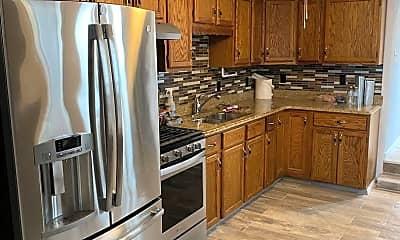 Kitchen, 611 Marietta Ave, 0