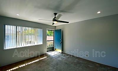 Living Room, 423 Center Street, #4, 1