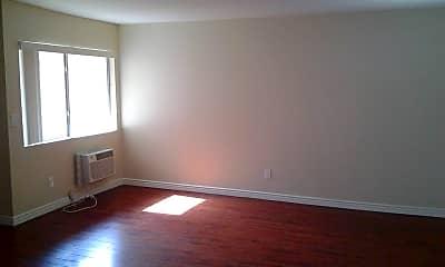 Living Room, 14845 Erwin St, 1