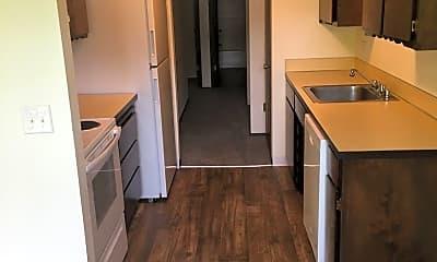 Kitchen, 2102 Harris Ave, 1