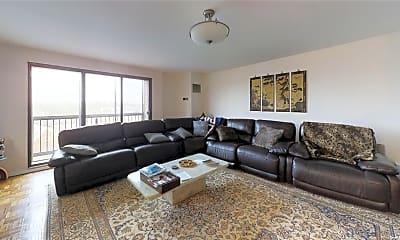 Living Room, 12 Bond St 7A, 1