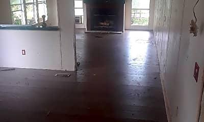 Living Room, 277 Doe Trail Dr, 1