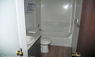 Bathroom, 4602 Neil Rd, 2