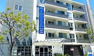 Building, 401 S La Fayette Park Pl 303, 1