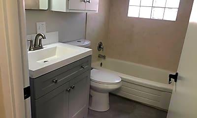 Bathroom, 1218 W Chamberlin St, 1