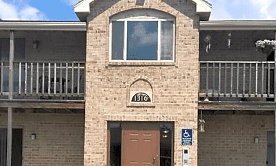 Building, 1326 Scheuring Rd, 1