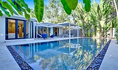 Pool, 3075 N Bay Rd, 1
