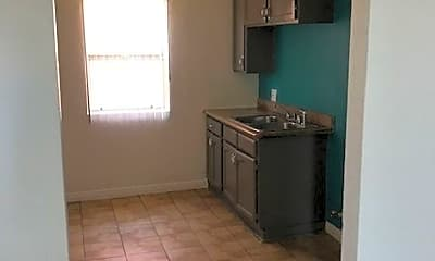 Bathroom, 1150 W 88th St, 2