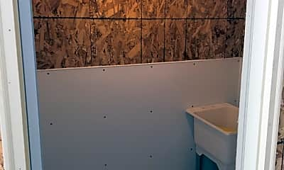 Bathroom, 205 N Colfax St, 2