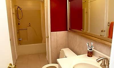 Bathroom, 720 Zlotkin Cir 02, 2