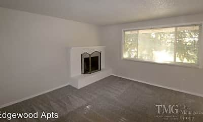 Living Room, 3218 Edgewood Dr, 0
