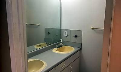 Bathroom, 2601 SW Archer Rd G-326, 2