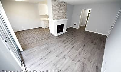Living Room, 1631 S Westgate Ave, 1