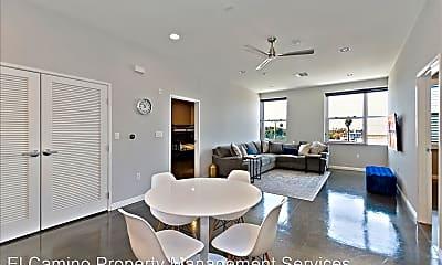 Dining Room, 435 W Center Street Promenade, 1