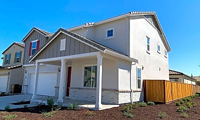 Building, 5574 Chalk Hill Ln, 1