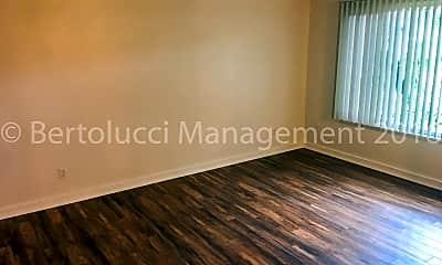 Living Room, 549 Greenwood Dr NE, 1