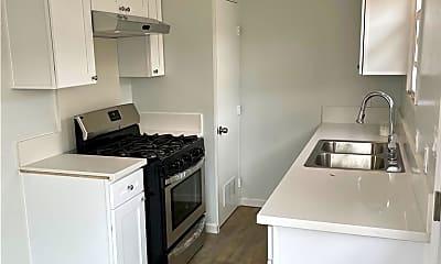 Kitchen, 1144 Knoll Dr B, 2