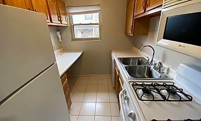 Kitchen, 170 Promenade St, 1
