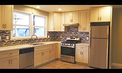Kitchen, 1668 35th Ave, 2