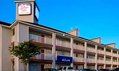 Building, InTown Suites - Southpark (SPK), 0