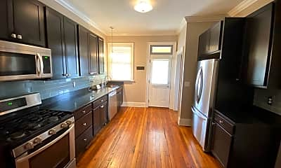 Kitchen, 634 Neil Ave, 1
