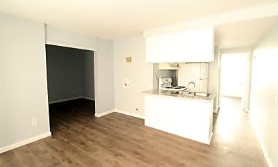 Living Room, 4236 Estrella Ave, 1