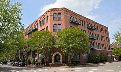 Building, 230 W Tazewell St 201, 0