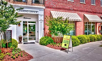 Leasing Office, Main Street Square, 1