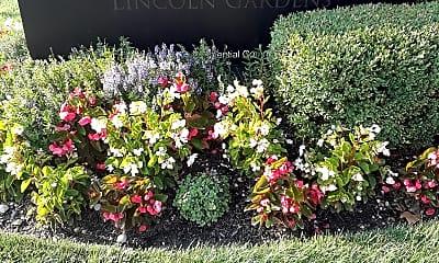 Lincoln Gardens, 1