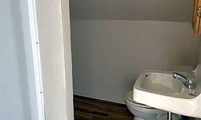 Bathroom, 1705 Highland Ave, 2
