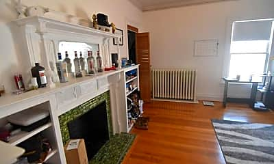 Living Room, 46 Babcock St, 1