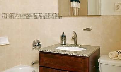 Bathroom, Brookhaven at Franklin, 2