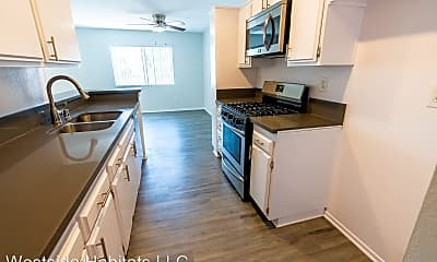 Kitchen, 4432 Coldwater Canyon Ave, 0