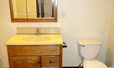 Bathroom, 510 Quincy St, 2