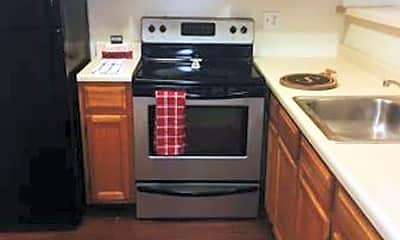Kitchen, 607 E Park St, 1