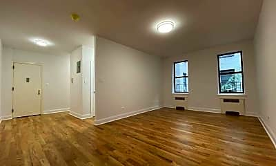 Living Room, 42-42 Judge St 3H, 0