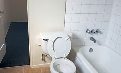 Bathroom, 3264 Randolph St, 2