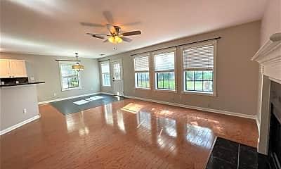 Living Room, 16002 Speyburn Ct, 1