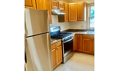 Kitchen, 52 Grafton St, 1