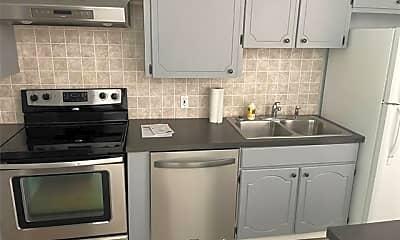 Kitchen, 9111 Bridgewood Dr, 2