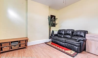 Living Room, 2627 W Cary St, 1
