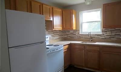 Kitchen, 270 High St C 3, 1