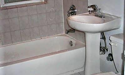 Bathroom, 1953 W Winnemac Ave, 0