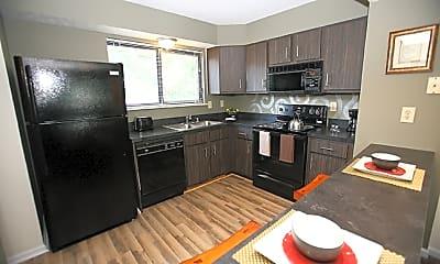 Kitchen, 1300 Pine Valley Dr, 1
