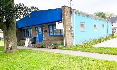 Building, 158 Lake Shore Dr E, 0