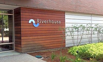 Riverhouse Luxury Apartments, 1