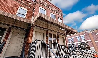 Building, 2 1/2 Clark Pl, 0